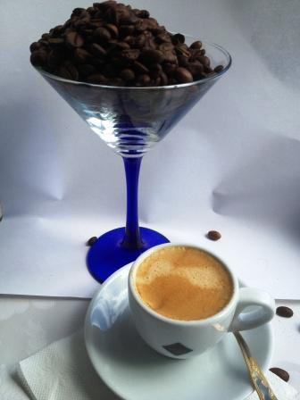 кофе и зерна