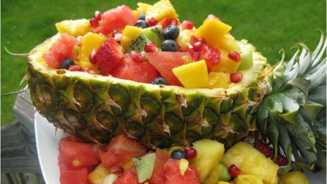 экзотические фрукты красиво