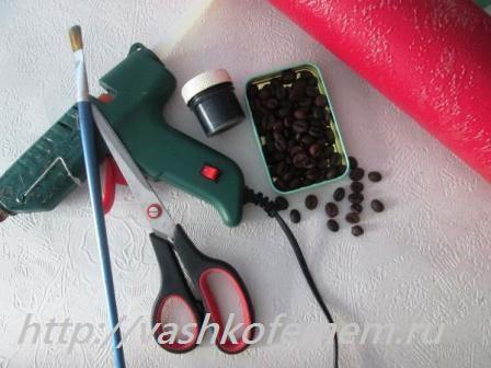 новогодняя елочка из кофейных зерен 1