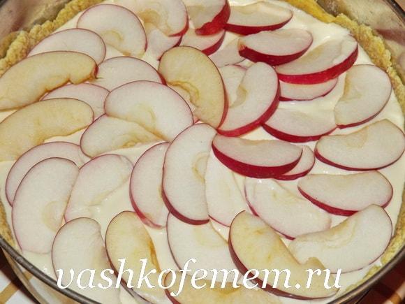 Пирог из творога и яблок в духовке