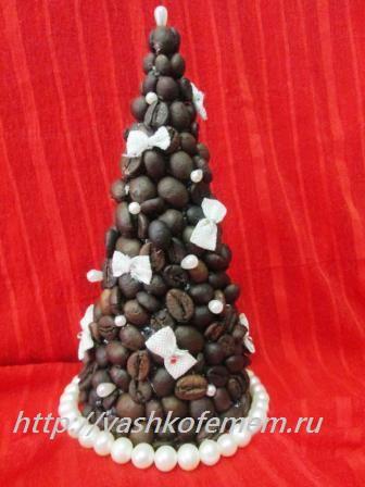 новогодняя елочка из кофейных зерен 10